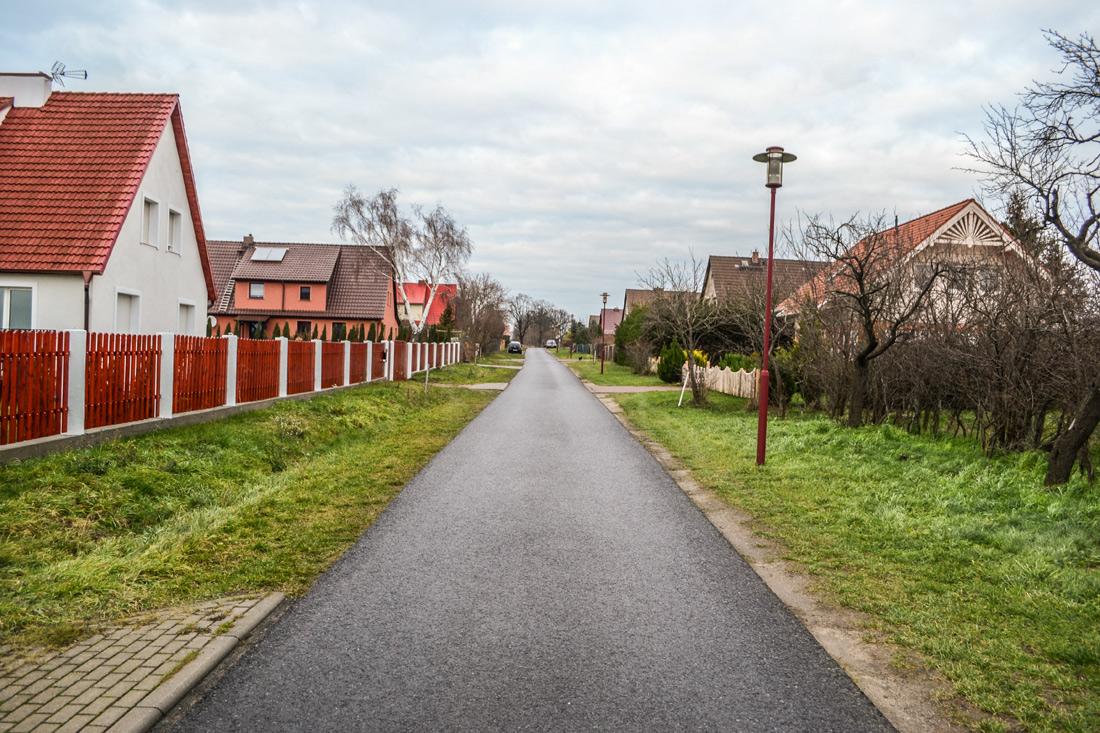 Hauptstrasse Klessin im ehemaligen Kampfgebiet
