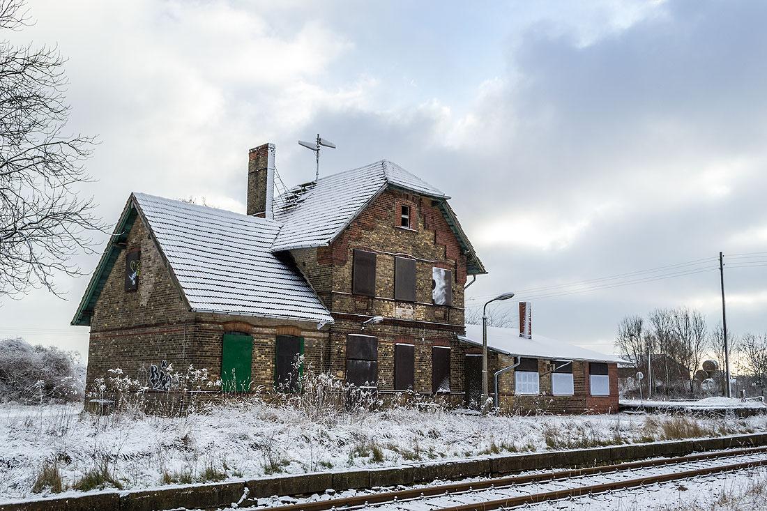 Bahnhof Dolgelin am Rand der Seelower Höhen