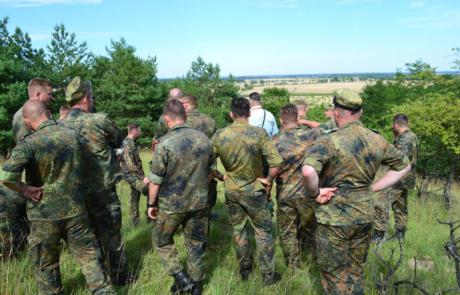 Geländeführung im Rahmen der politischen Bildung der Bundeswehr